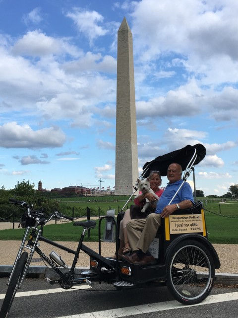 Dog Friendly Tours at the Washington Monument