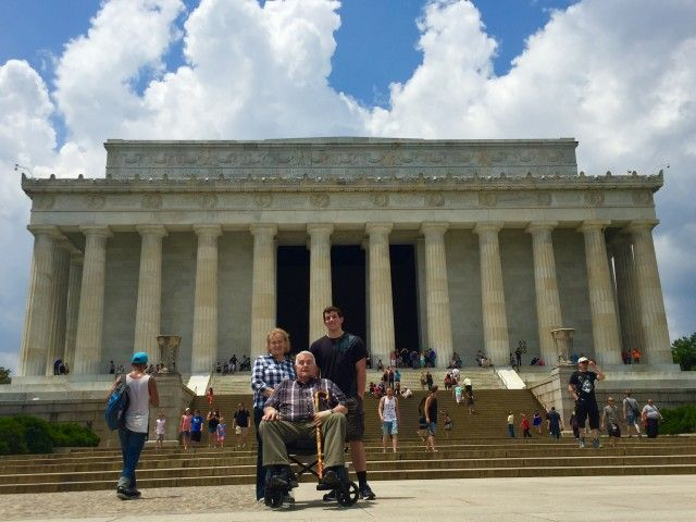 Senior Tour at the Lincoln Memorial